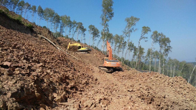 В Красноярске завершаются мероприятия по возведению монолитного основания опор и станций новой канатной дороги