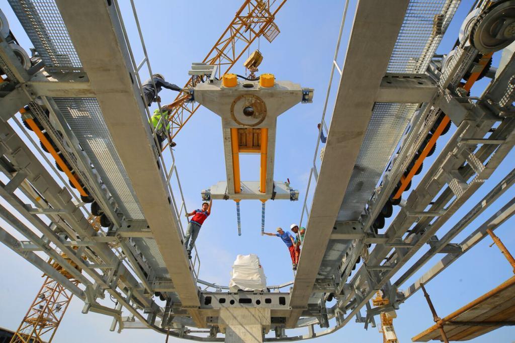 Завершена вторая сессия монтажа оборудования гондольной канатной дороги на острове Киш