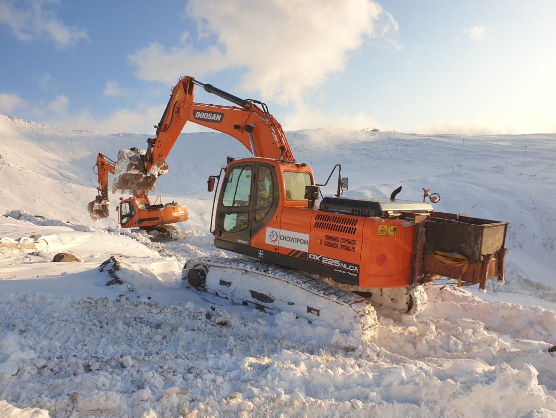 Продолжаются работы по строительству четырехместной канатной дороги г. Кировске