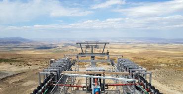 Возобновлены работы по монтажу канатной дороги на горнолыжном курорте Кар-Алма (Республика Казахстан)